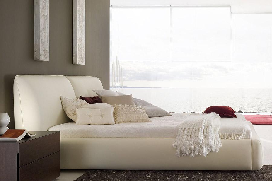 Bellezza Bed Queen Beige Modern Digs Furniture