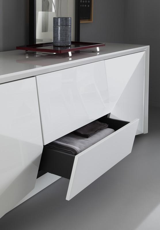 Sapphire High Gloss White Laminate Platform Bedroom Set: Modern Digs Furniture