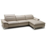 Amai Sectional