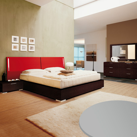 Rosso Bedroom Set