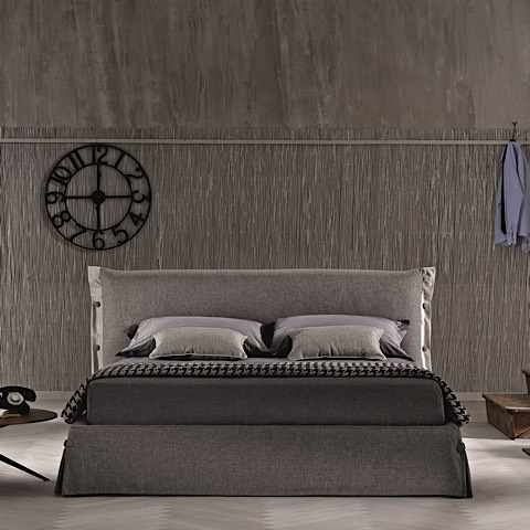 Morbido Storage Bed